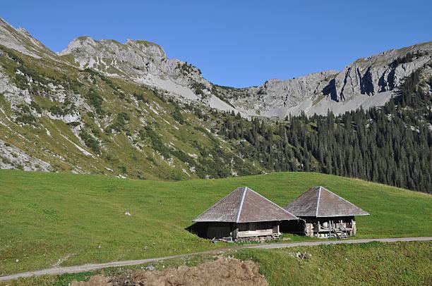 Mountain Hütten in der Schweiz – Foto