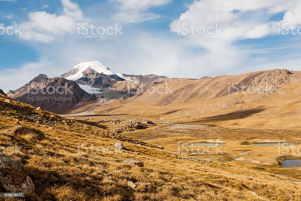 Mountain landscape of Tien Shan. zbiór zdjęć royalty-free