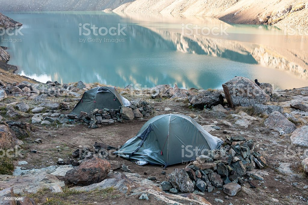 Mountain landscape of Tien Shan with tent. foto de stock royalty-free