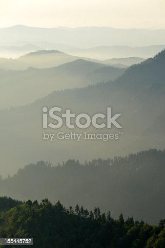 Classic ridgelines and early morning mist in the Smoky Mountains National Park
