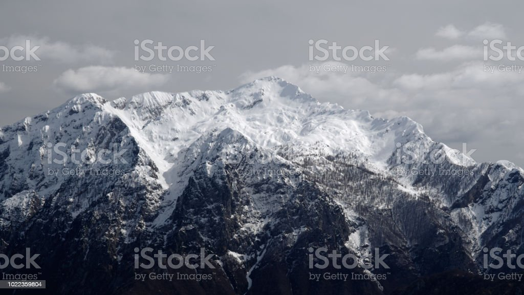 Mountain Northern Grigna covered with snow 16:9 - Стоковые фото Без людей роялти-фри