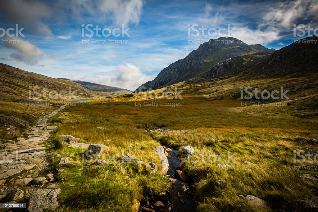 mountain path leading to lake at Cwm Idwal, Devils Kitchen stock photo