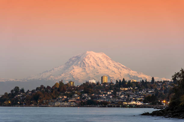 Mountain Rainier View of MT.Rainier from Tacoma, WA pierce county washington state stock pictures, royalty-free photos & images