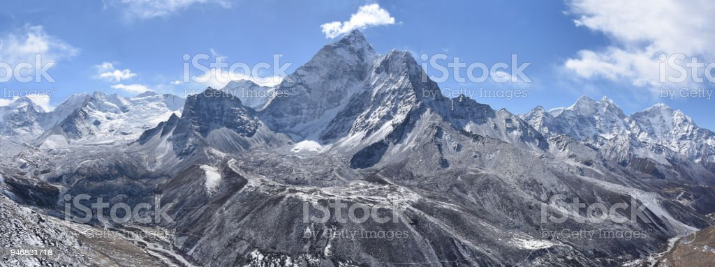 Mountain range around Ama Dablam stock photo