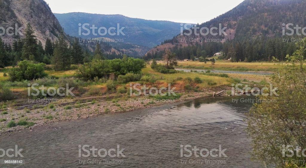 Río de montaña  - Foto de stock de Agua libre de derechos