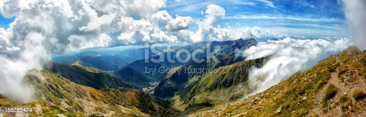 Huge image of Fagaras mountains in Romania 32 mpx