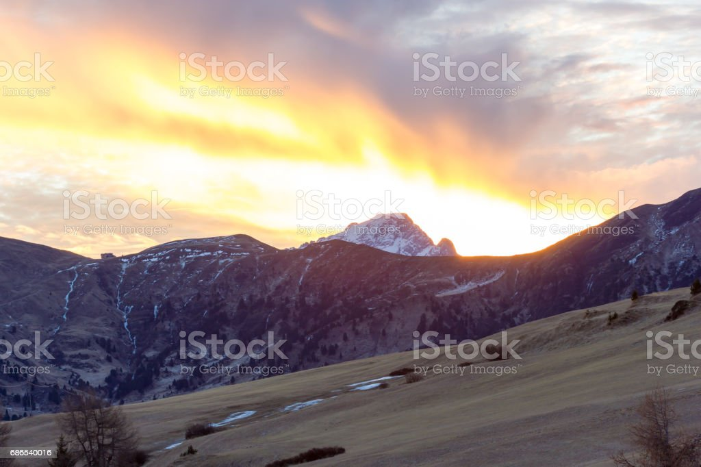 Mountain views of Alpe di Siusi with red sunrise foto stock royalty-free
