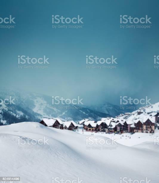 Mountain village in winter picture id824914496?b=1&k=6&m=824914496&s=612x612&h=vjw4nfeg68wko91t8dwmrstuctadwezrtazztrucgfm=