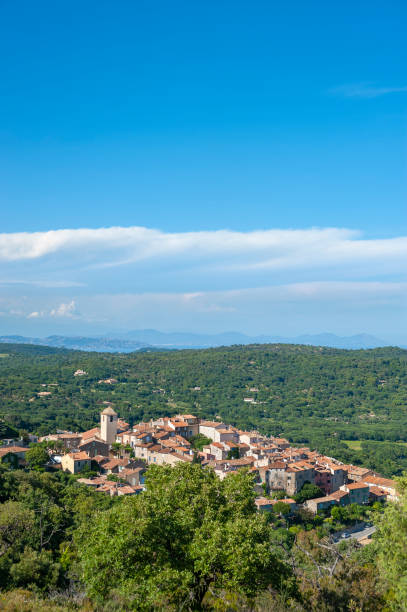 Mountain village of Ramatuelle Landscape with the village of Ramatuelle and the massif Esterel in background in the Department Var of the province Provence-Alpes-Cote d´Azur var stock pictures, royalty-free photos & images