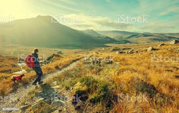 Mountain walking picture id825693044?b=1&k=6&m=825693044&s=612x612&h=8sqwidqvjb6qkdtmqi lwqmzxytuogf1ab3b40fhxy0=