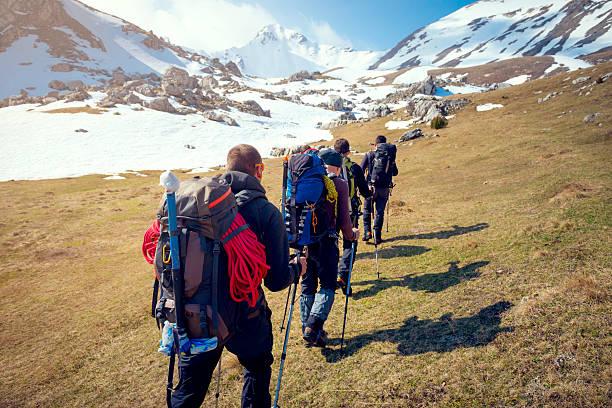 wspinaczka górska  - przewodzić zdjęcia i obrazy z banku zdjęć