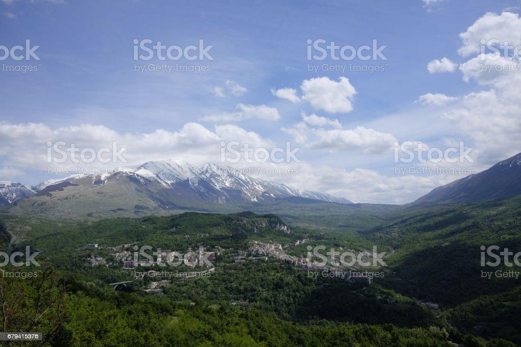 montagnes en Abruzzes photo libre de droits