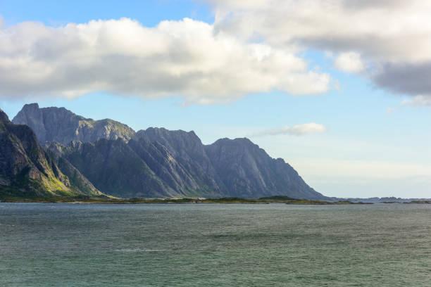Mountains in Lofoten Norway – Foto