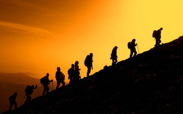 mountains will treat the people, make them healthy and vigorous - alpinismo foto e immagini stock