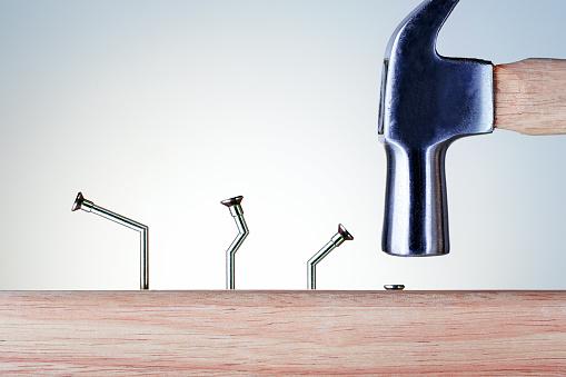 折れた釘|アインの集客マーケティングブログ