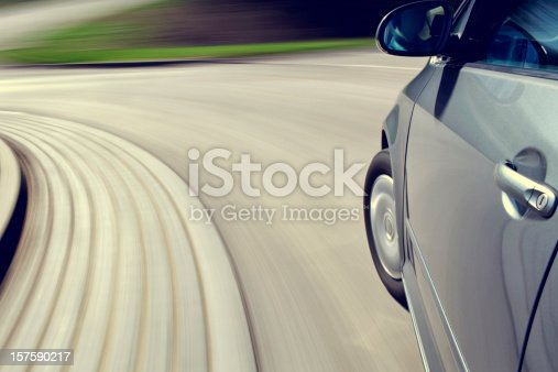 istock moving car 157590217