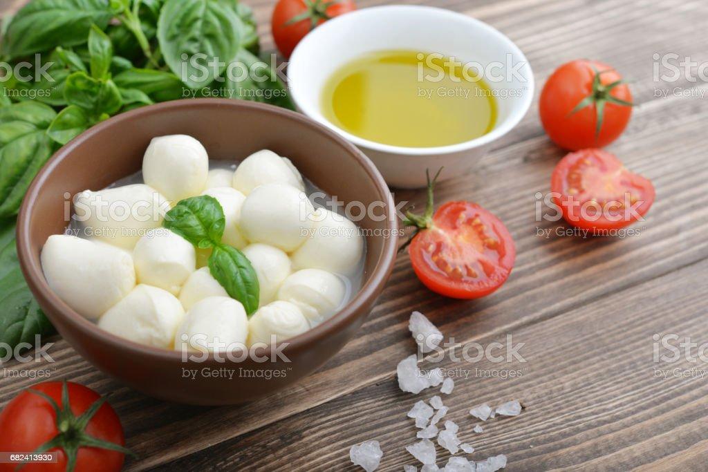 Mozzarella aux tomates cerise photo libre de droits