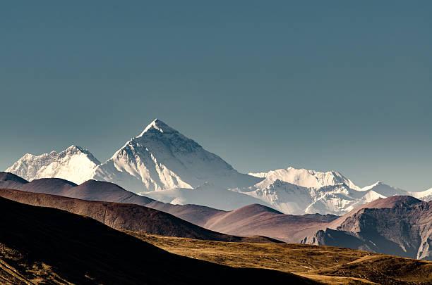 mt. everest, tibet - nepal tibet stock-fotos und bilder