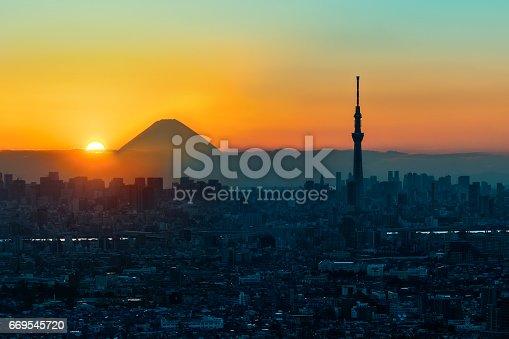 1131743616 istock photo Mt Fuji and Tokyo Sky Tree in Sunset, Tokyo 669545720