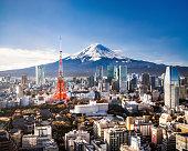 富士山と東京のスカイライン