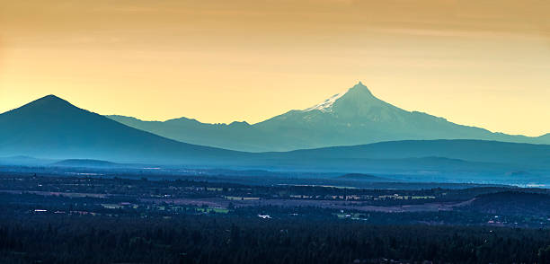 mt. jefferson as seen from bend oregon - bend oregon stock pictures, royalty-free photos & images