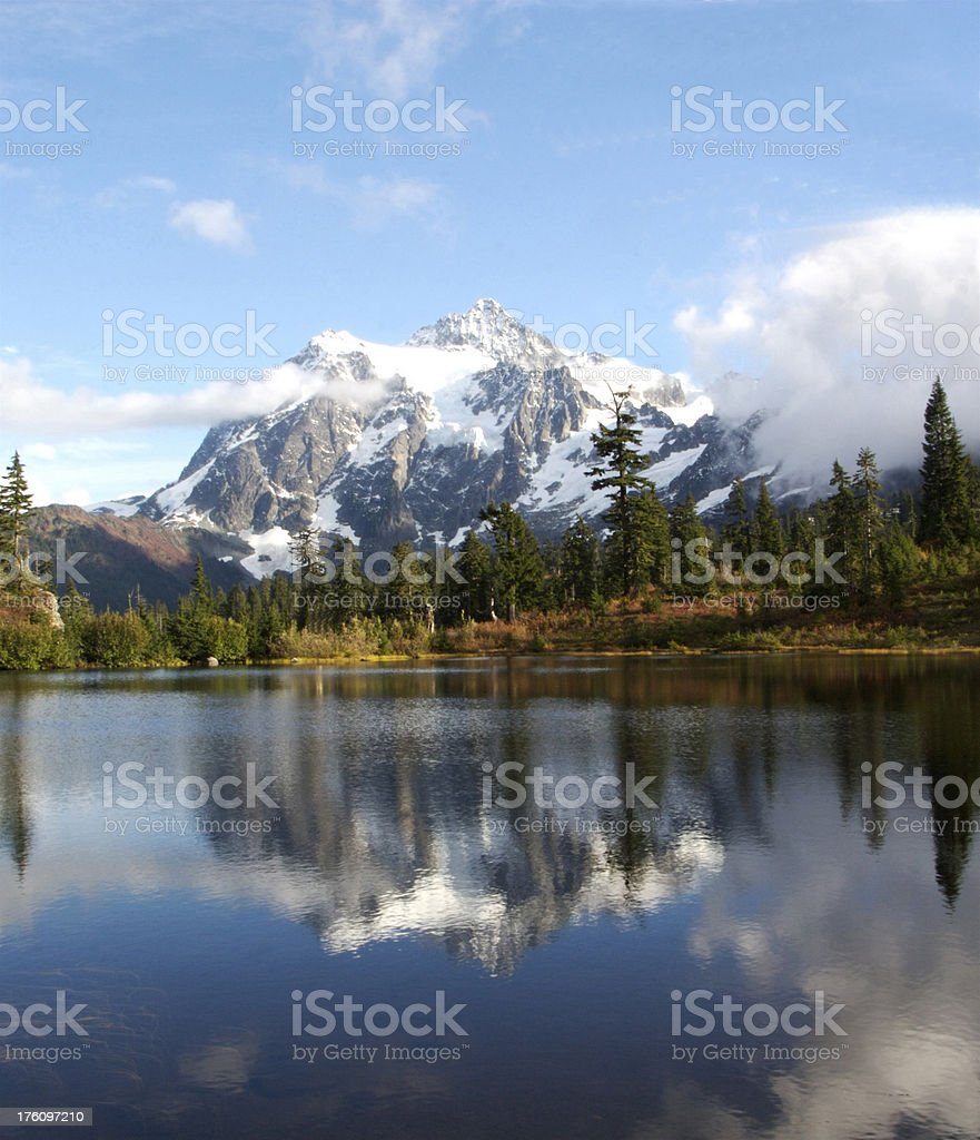 Mt Shuksan and Picture Lake royalty-free stock photo