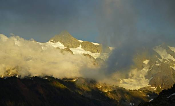 Mt. Shuksan alta Mystic - foto de acervo
