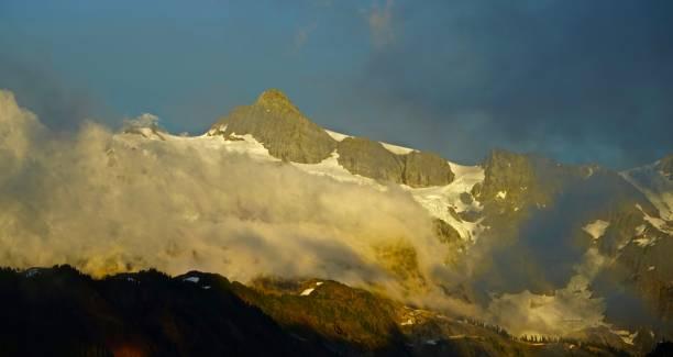 Monte Shuksan Mystic - foto de acervo