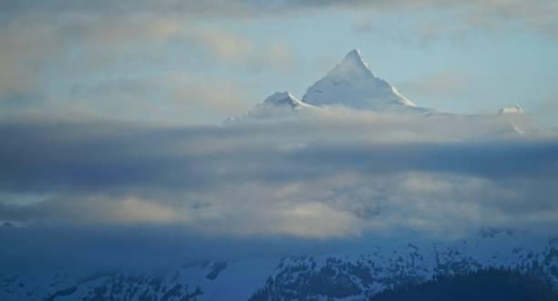 Mt. pirâmide do céu de Shuksan - foto de acervo