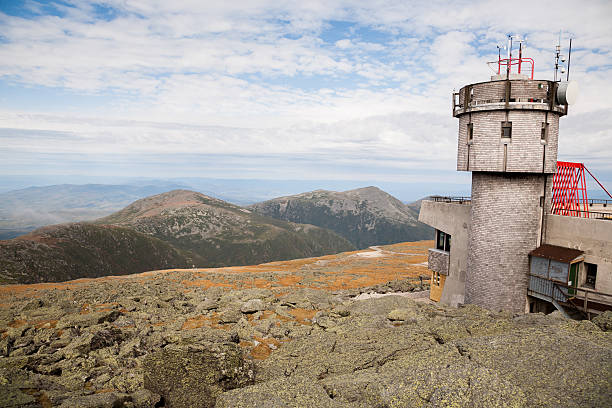 Mt Washington Partial view of the observatory at the summit on Mt Washington. mount washington new hampshire stock pictures, royalty-free photos & images