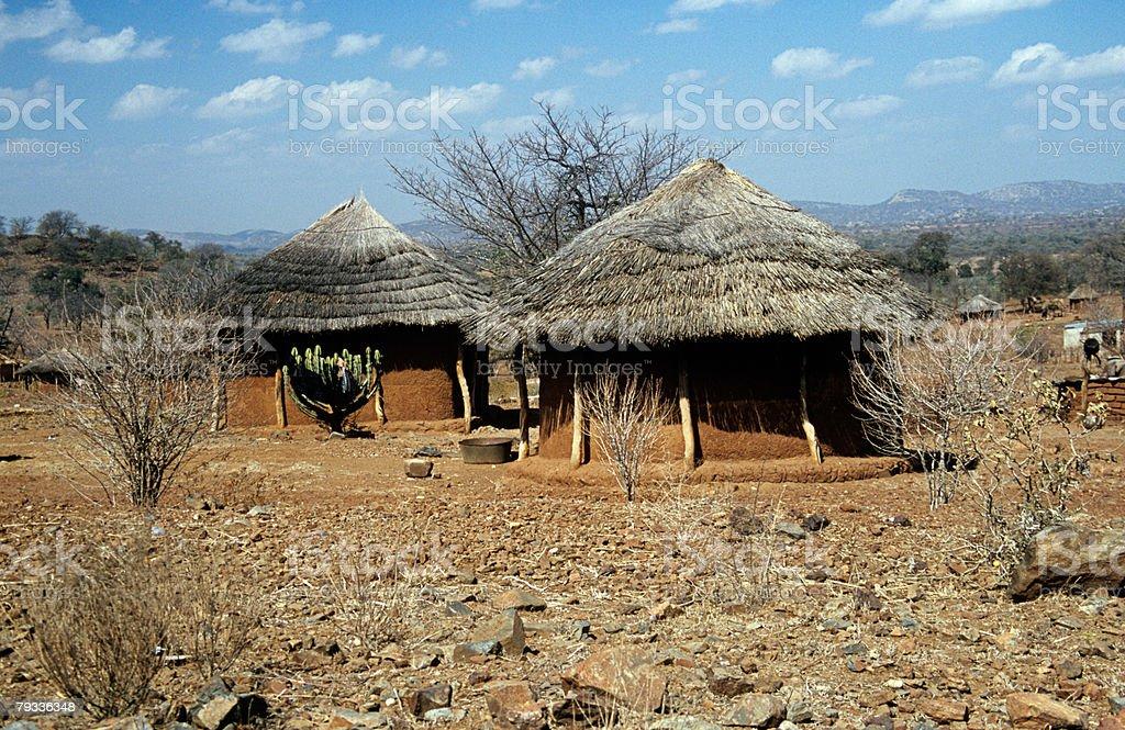 Lama huts no Zimbabué foto de stock royalty-free