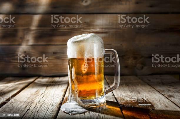 Mug of light beer with foam on a wooden table in a pub picture id821087438?b=1&k=6&m=821087438&s=612x612&h=1ghurso60xwhbkqzb2su9ps4oj fhrmp4m0sd2rarps=