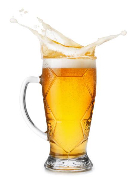 Becher helles Bier mit splash – Foto