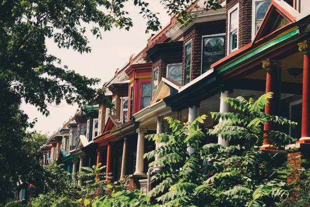 Multi Colored Row Houses Multi colored row houses in the suburbs of Baltimore, Maryland baltimore maryland stock pictures, royalty-free photos & images