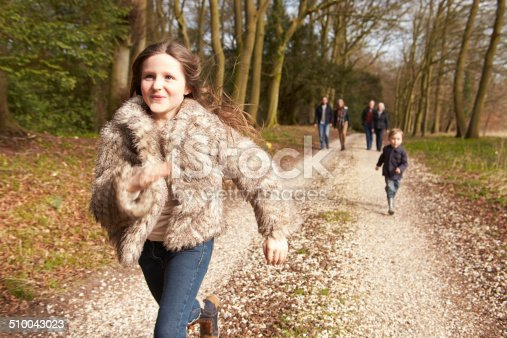 istock Multi Generation Family On Countryside Walk 510043023