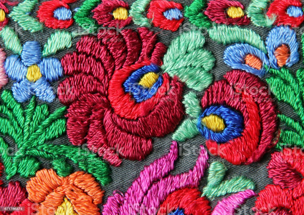 Multicolor floral hand embroidery pattern foto