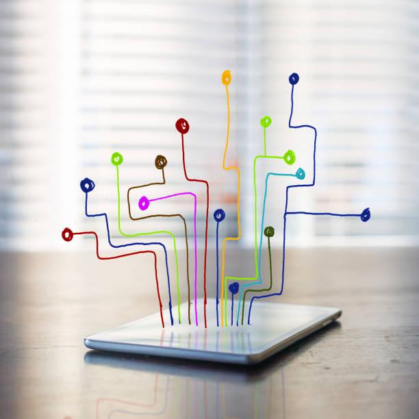Bunte Linie, die aus einem digitalen tablet – Foto