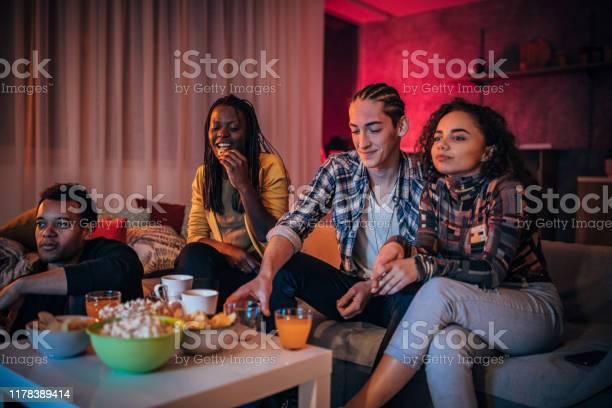 Multiethnic friends watching tv together picture id1178389414?b=1&k=6&m=1178389414&s=612x612&h=a9w3fbmbnhkcfrq0dn4tohjdvzwczr7fkomz0s4xx9w=