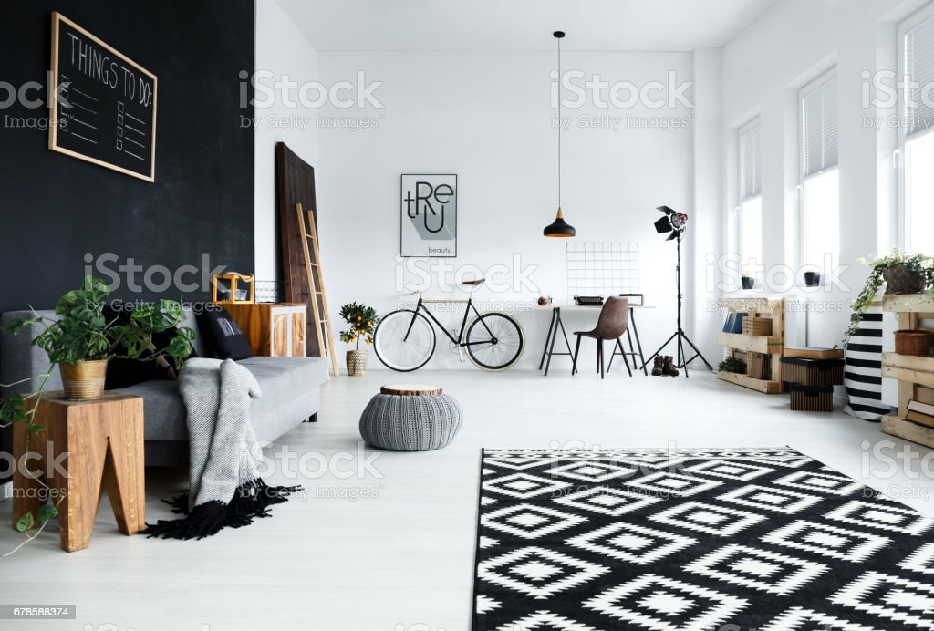 Multifunctional, black and white room Lizenzfreies stock-foto