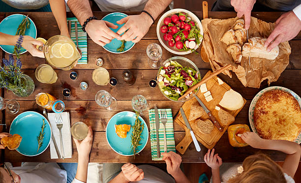 family meal Family mealtime tips set a regular time for family meals turn the tv off during mealtimes make mealtime a happy time.