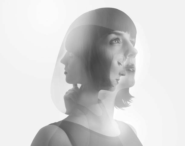 Mehrfachbelichtung von Frau und Gesichtern – Foto