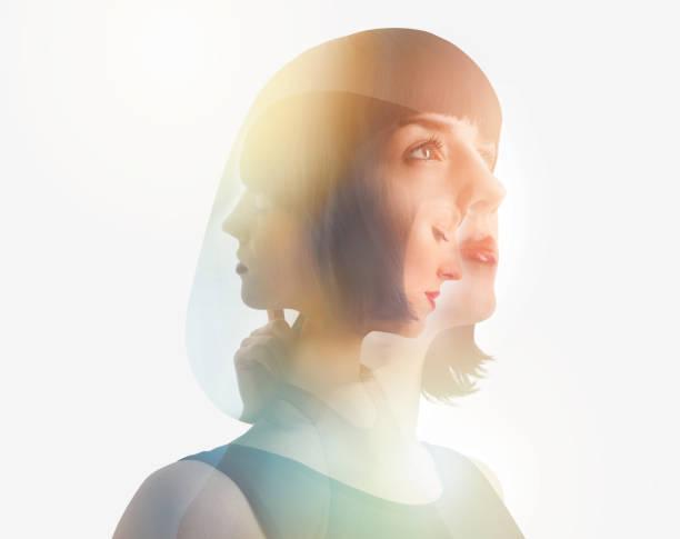 Mehrfachexposition einer Frau, die sich von einer psychischen Erkrankung erholt – Foto