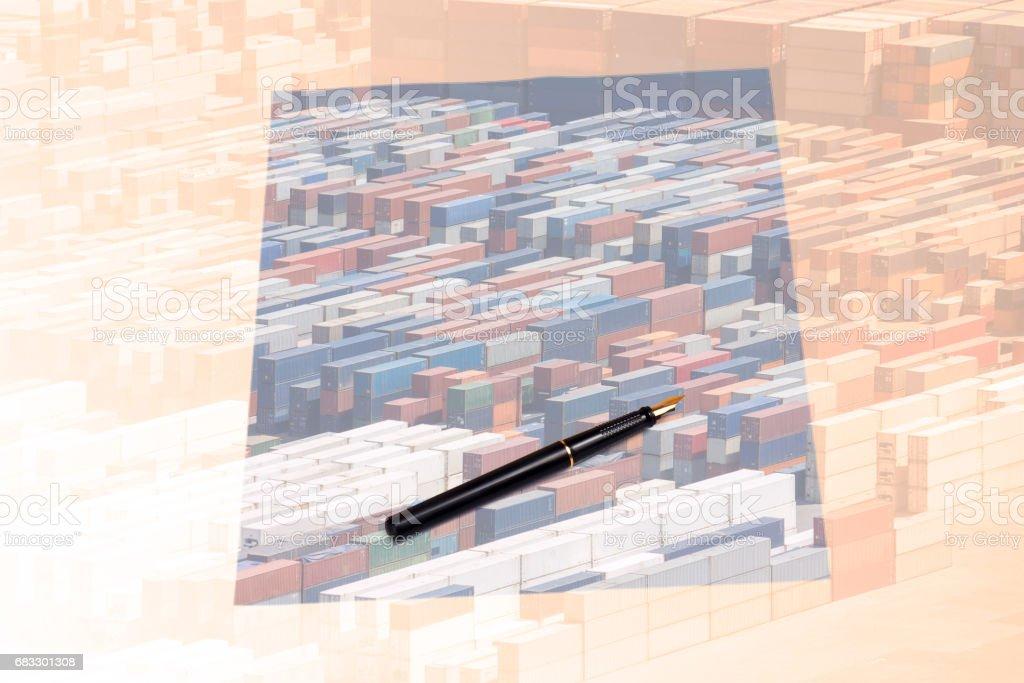 multiple exposure paper on desk foto stock royalty-free
