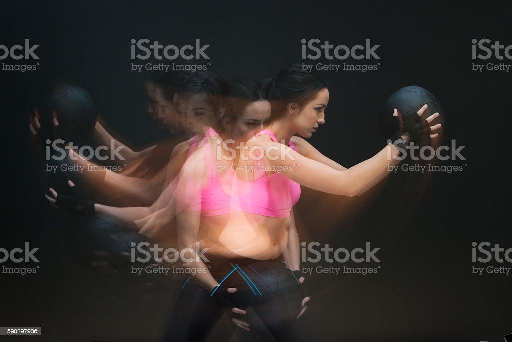 Многократная экспозиция-женщина, осуществляющие Стоковые фото Стоковая фотография