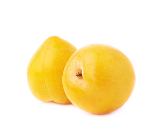 multiple plums composition - mirabelle photos et images de collection