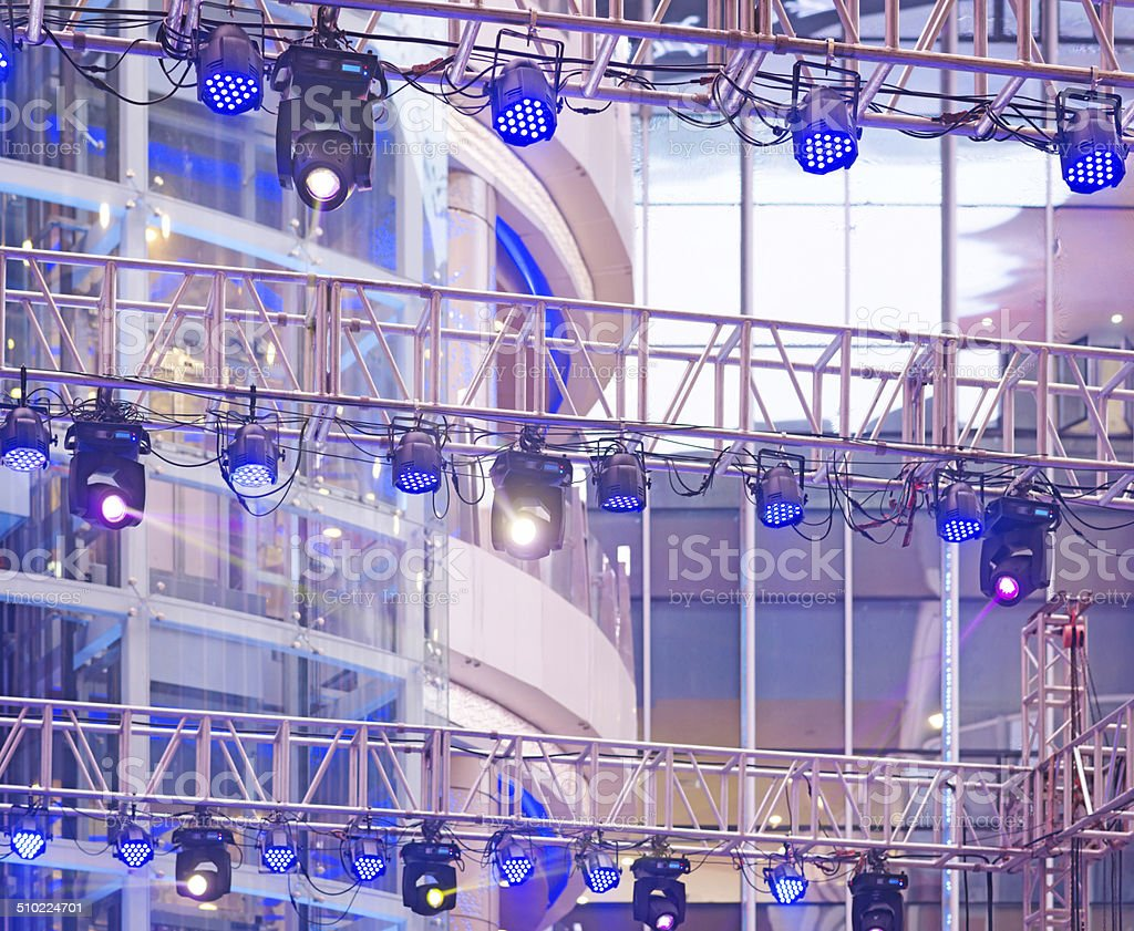 multiple spotlights on a theatre stage lighting rig royalty-free stock photo & Multiple Spotlights On A Theatre Stage Lighting Rig stock photo ... azcodes.com