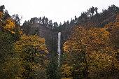 Waterfall Columbia gorge Oregon beautiful fall colors