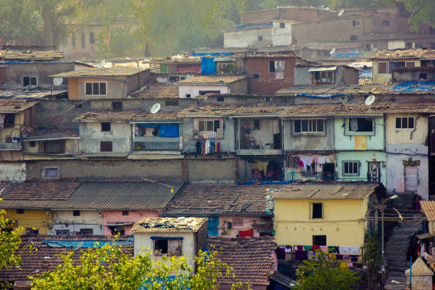 Mumbai Slum hill view Slums of Mumbai are different world all together. They are a strong part of city's economy and manpower. developing countries stock pictures, royalty-free photos & images