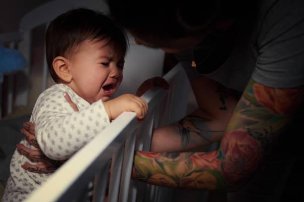 Mummy lulling baby to sleep picture id655734582?b=1&k=6&m=655734582&s=612x612&w=0&h=9heene6zg8l7ouzezo4a1zrjviw1f3cdkjeynko3ybe=
