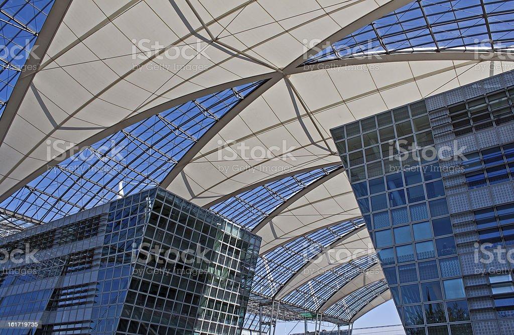 Aeropuerto de munich center - foto de stock